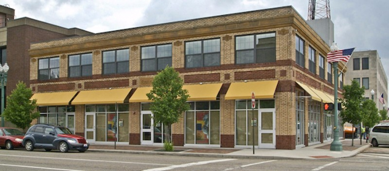Suites-at-400-McKinley-Downtown-Canton-Living